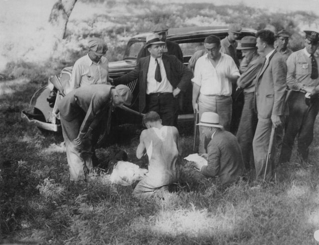 Bonnie and Clyde shootout Dexter Iowa Dallas County 1933