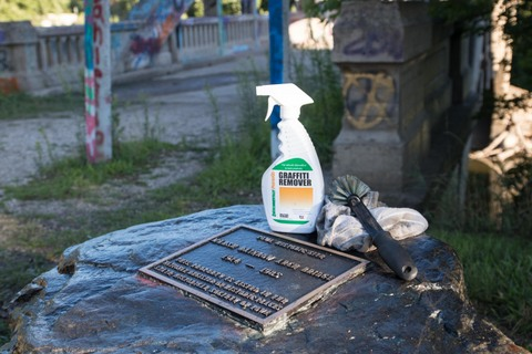 soy graffiti remover from Iowa