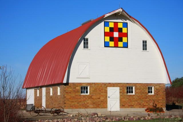 Sac County barn quilt near Early, Iowa